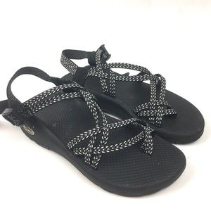 Chaco zx2 black hiking sandal outdoors strappy
